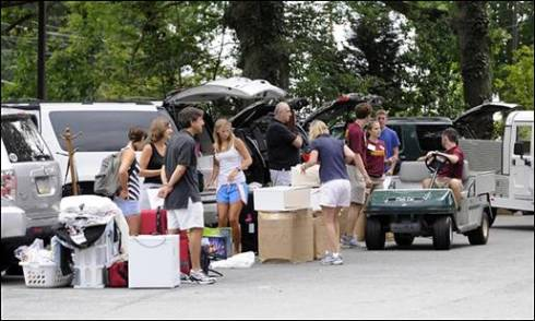 Move-In Weekend on Campus!